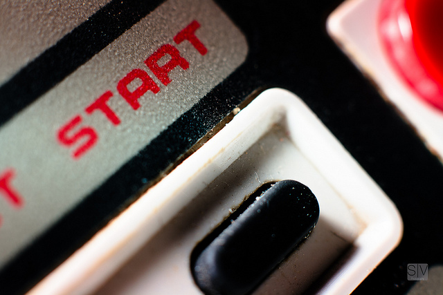 The start button of an old Nintendo controller