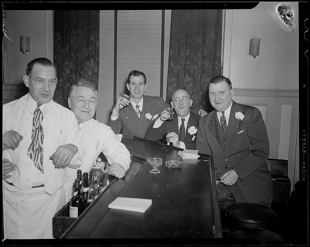 An old picture of the staff of the Hotel Avery